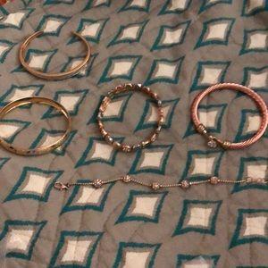 Lot of 5 ladies bracelets